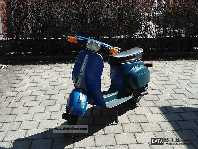 1980 Vespa  V 50 Special 4-way flashers Motorcycle Scooter photo