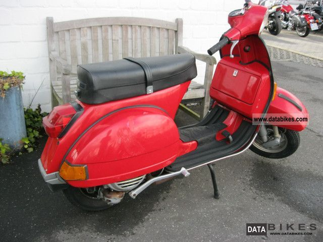 1982 Vespa  P 125 X Motorcycle Scooter photo