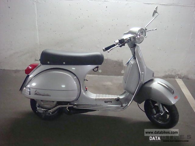 2002 vespa px 200 top vehicle rarely. Black Bedroom Furniture Sets. Home Design Ideas
