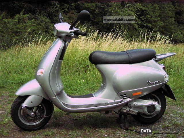 Vespa  ET 4 2000 Scooter photo