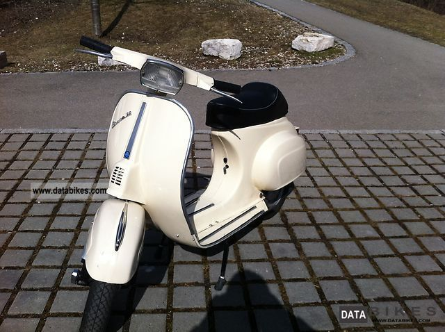1980 Vespa  50 N Motorcycle Lightweight Motorcycle/Motorbike photo