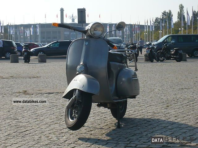 Vespa  Sprint Veloce 150 1974 Vintage, Classic and Old Bikes photo