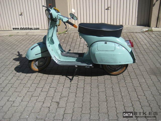 1994 Vespa  Bajaj Chetak 150 Sprint Motorcycle Scooter photo