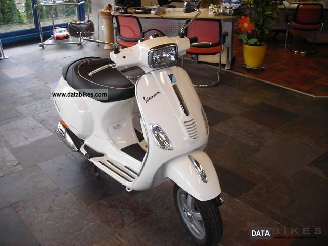 Vespa Bikes and ATVs (With Pictures)