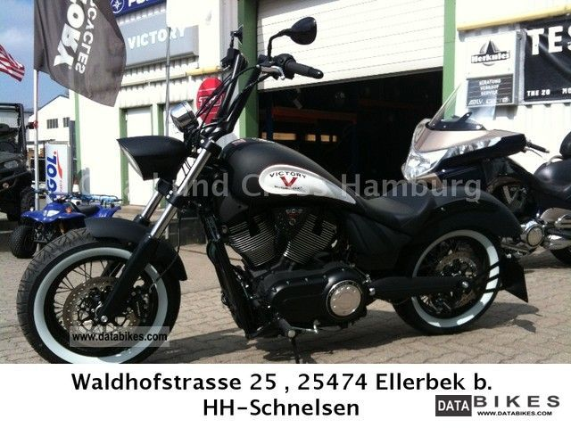 2011 VICTORY  HIGH BALL, Miller, Kellermann u.S.Nr.Schild Motorcycle Chopper/Cruiser photo