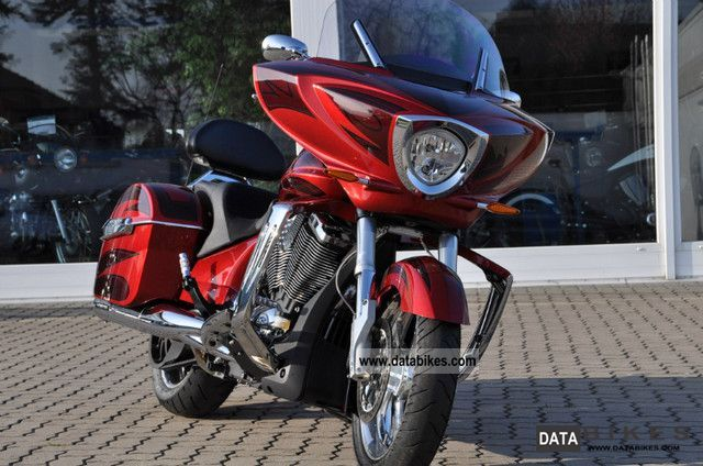 2011 VICTORY  Cross Country Special Limited model Ness Motorcycle Tourer photo