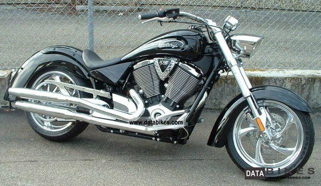 2010 VICTORY  Pinstripe Kingpin Motorcycle Chopper/Cruiser photo