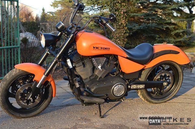2006 VICTORY  Kingpin T Motorcycle Chopper/Cruiser photo