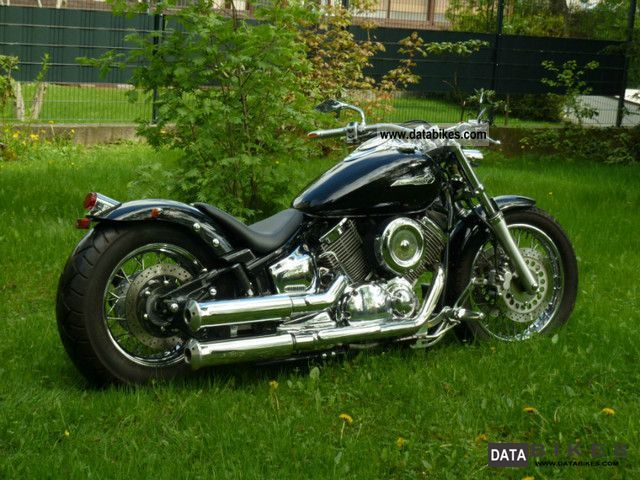 2002 Yamaha  XVS 1100 Motorcycle Chopper/Cruiser photo