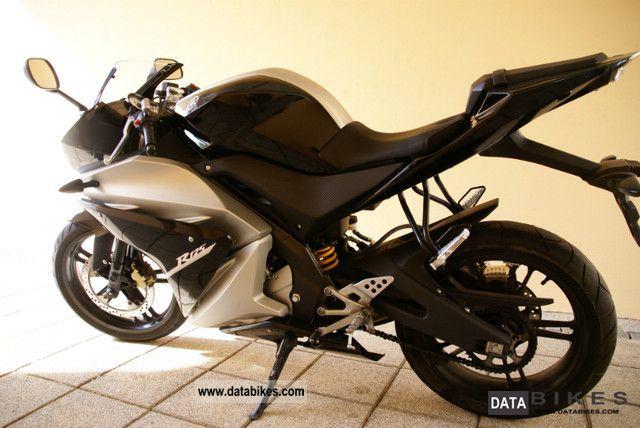 2009 Yamaha  YZF - R125 Motorcycle Lightweight Motorcycle/Motorbike photo