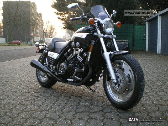 2000 Yamaha  V-Max Motorcycle Motorcycle photo