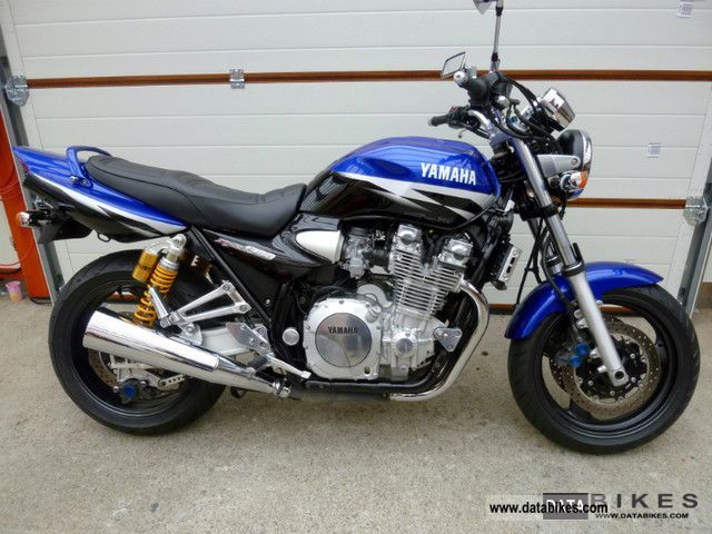 2002 yamaha xjr1300 sp rp06 top condition checkbook xjr 1300. Black Bedroom Furniture Sets. Home Design Ideas