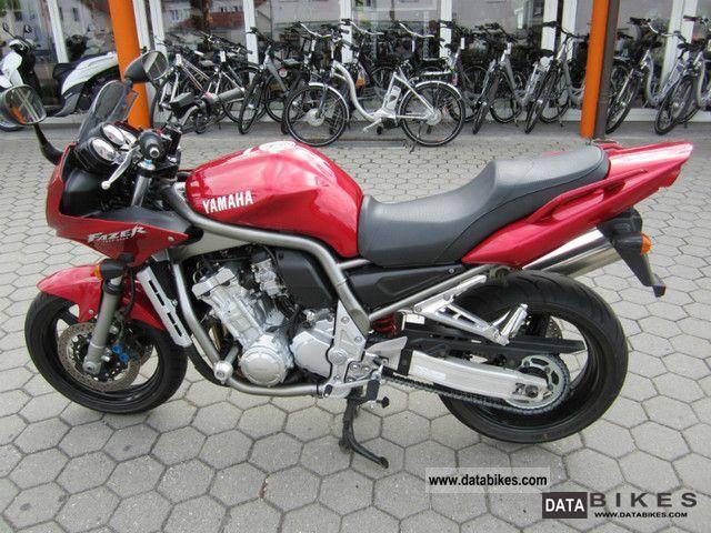 2002 Yamaha  FZS 1000 Motorcycle Sport Touring Motorcycles photo