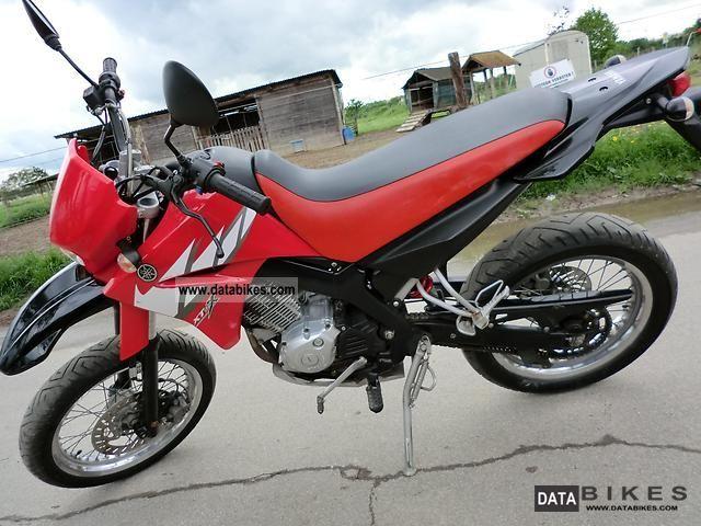 2005 Yamaha  XT 125 X Motorcycle Super Moto photo