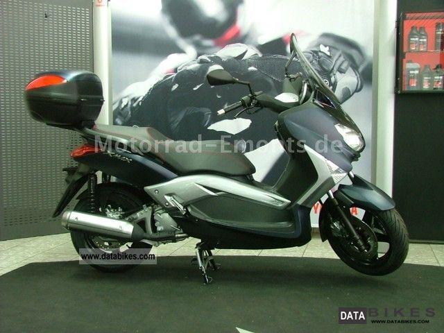 2011 Yamaha  YP250 XMAX 250 Motorcycle Scooter photo
