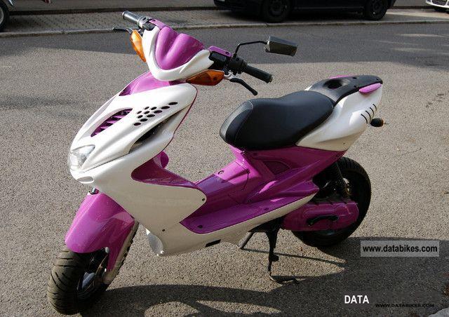 2008 Yamaha  aerox R Motorcycle Scooter photo