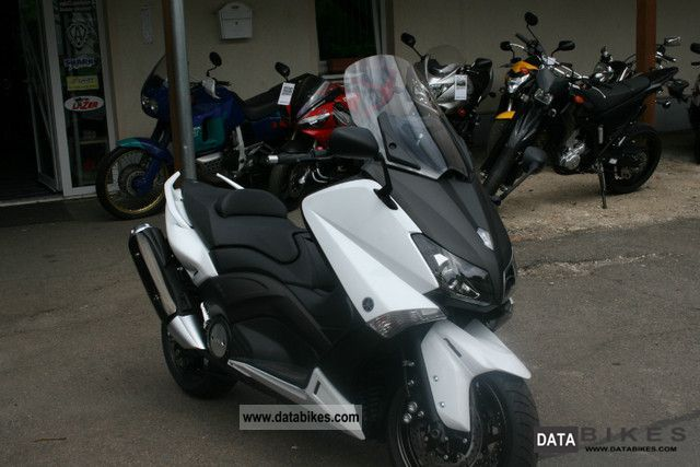 2011 Yamaha  T-Max 530 Motorcycle Scooter photo