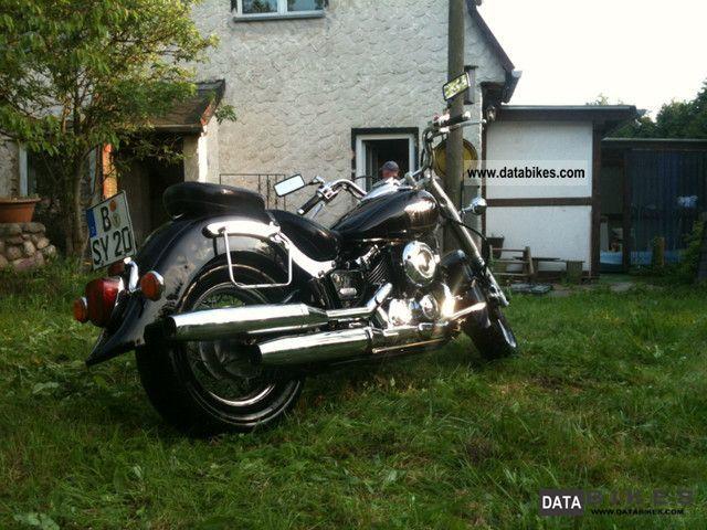 2005 Yamaha  XVS 650 Drag Star Classic Motorcycle Chopper/Cruiser photo