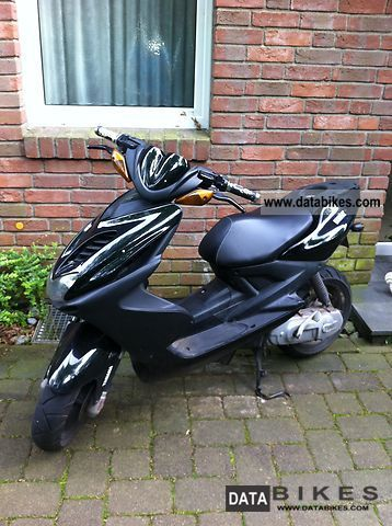 2009 Yamaha  Aerox Motorcycle Scooter photo