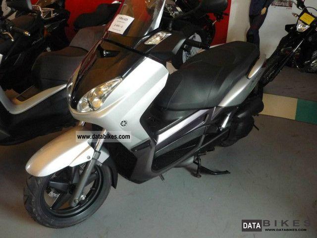 2008 Yamaha  X-Max 125 Motorcycle Scooter photo