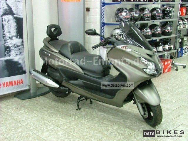 2011 Yamaha  YP Majesty 400 ABS Motorcycle Scooter photo