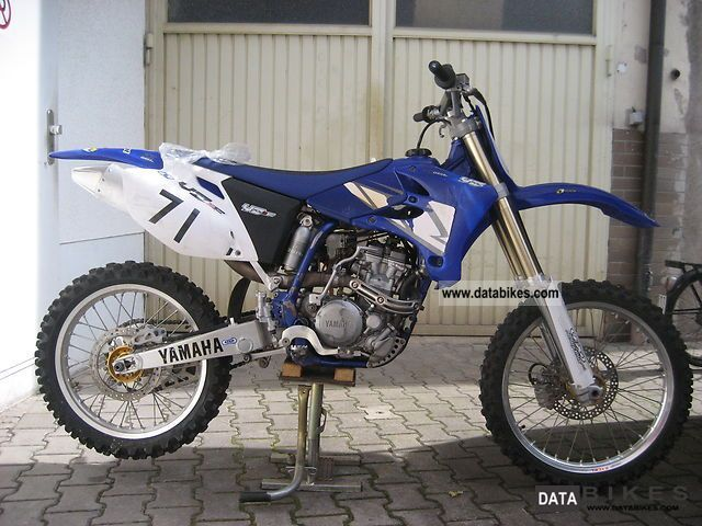 2004 Yamaha  YZ 250F Motorcycle Dirt Bike photo