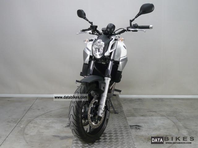 2006 YAMAHA MT-03 Motorcycle Desktop Wallpaper, specs