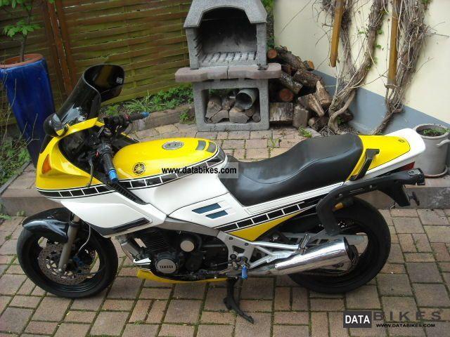 1992 Yamaha  FJ 1200 Motorcycle Sport Touring Motorcycles photo