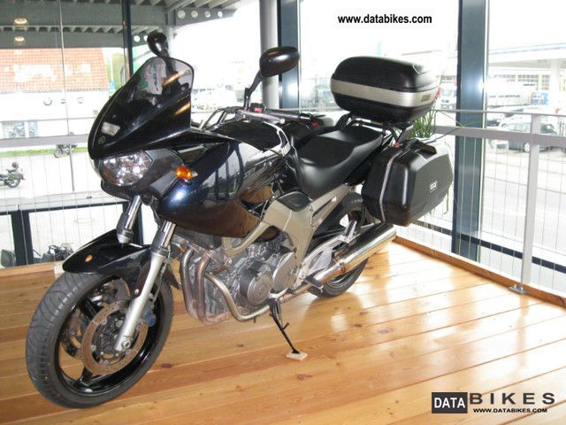 2002 Yamaha  TDM 900 Motorcycle Motorcycle photo