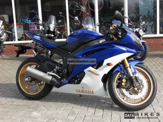 2011 yamaha yzf r6 rj15 yzfr6 2011 by the authorized dealer