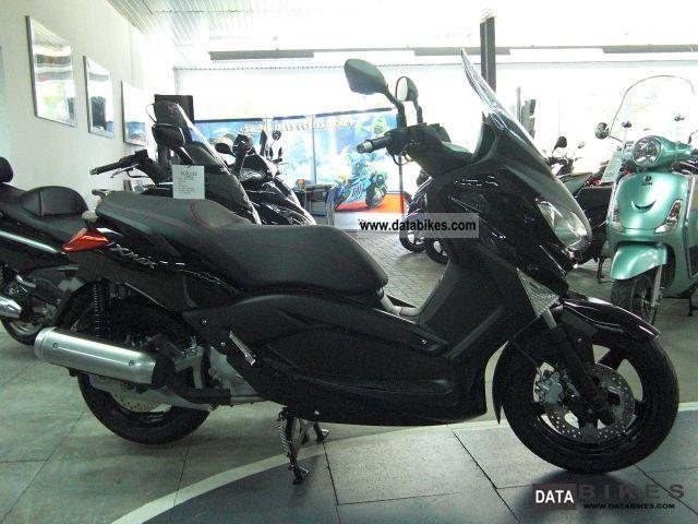 2011 Yamaha  X-Max 125 Model 2011 Motorcycle Scooter photo