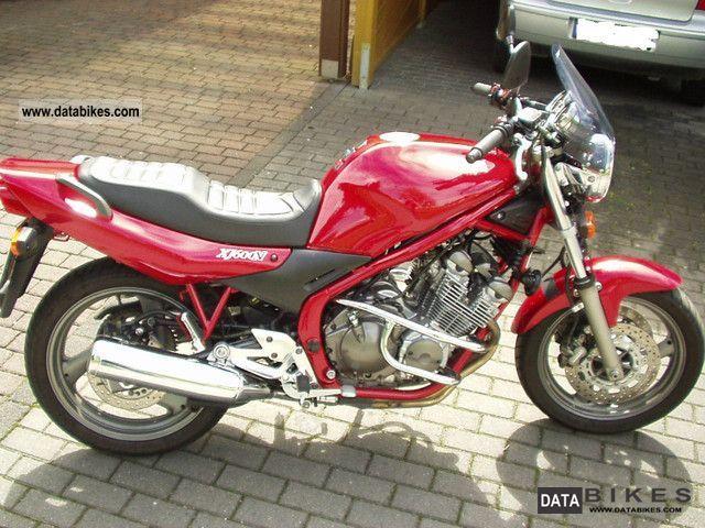 Yamaha  XJ 600 N 2003 Naked Bike photo