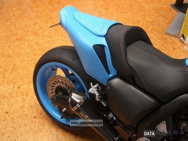 Custom 1700