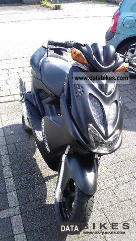 1997 Yamaha  Aerox Motorcycle Scooter photo