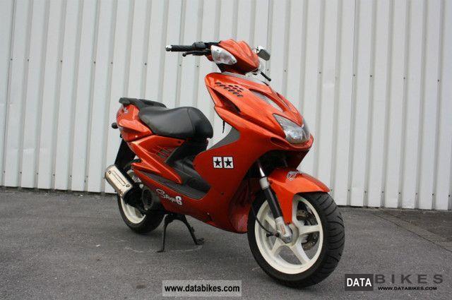 2001 Yamaha  Aerox 100 Motorcycle Scooter photo