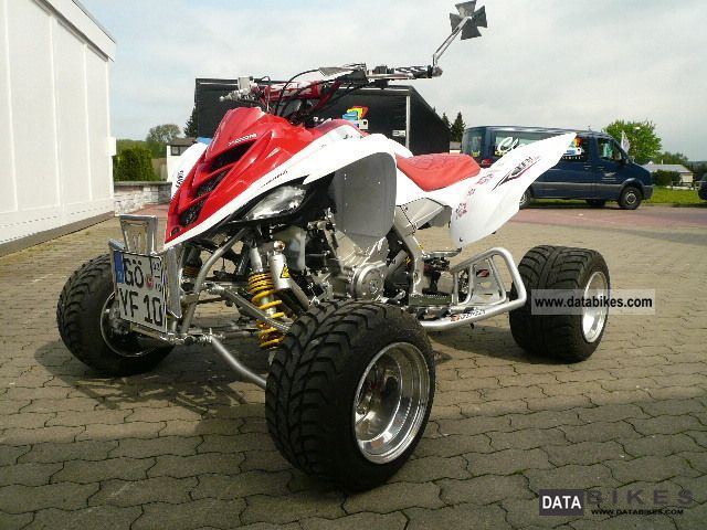 2010 Yamaha  700 R Motorcycle Quad photo