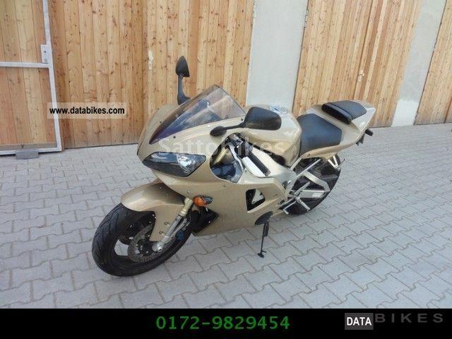 2000 Yamaha  YZF R1 Motorcycle Sports/Super Sports Bike photo