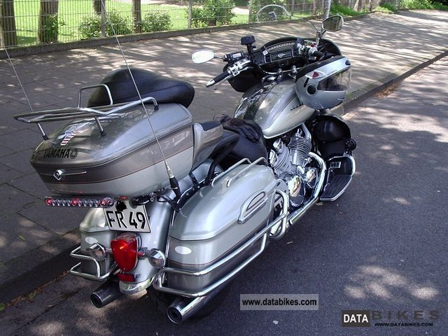 1999 Yamaha  XVZ 1300 Royal Star Venture Motorcycle Chopper/Cruiser photo