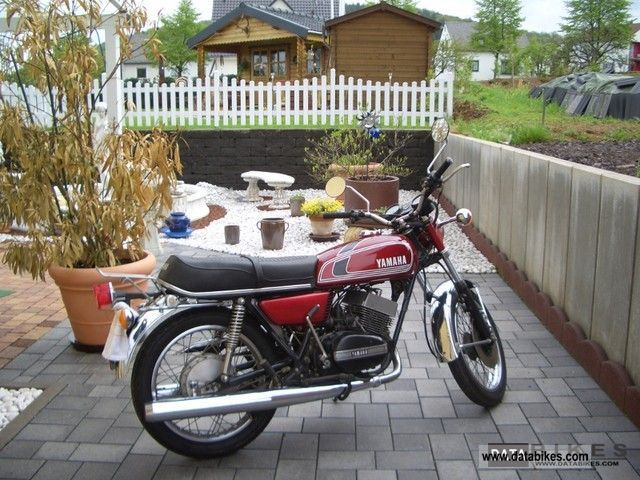 Yamaha  RD 250 1977 Vintage, Classic and Old Bikes photo