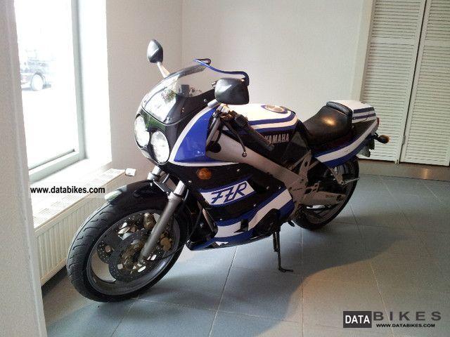 1991 Yamaha  FZR 400 Motorcycle Motorcycle photo