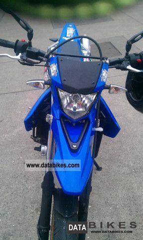 2009 Yamaha  WR 125 X Motorcycle Super Moto photo