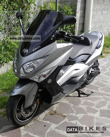 2010 Yamaha  T-Max in the year 2010 Motorcycle Scooter photo