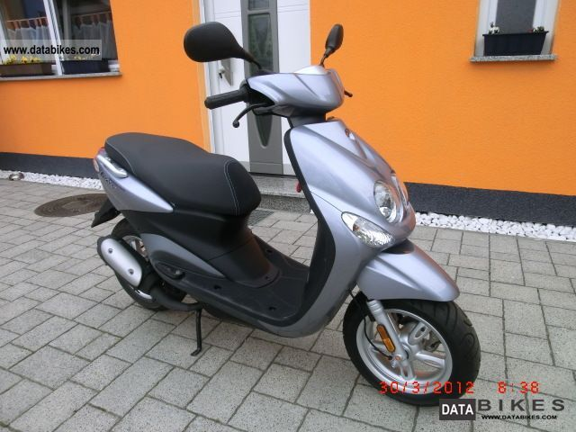 2009 Yamaha  Neos YN50 * 1 * 800 km * Hand Motorcycle Motor-assisted Bicycle/Small Moped photo