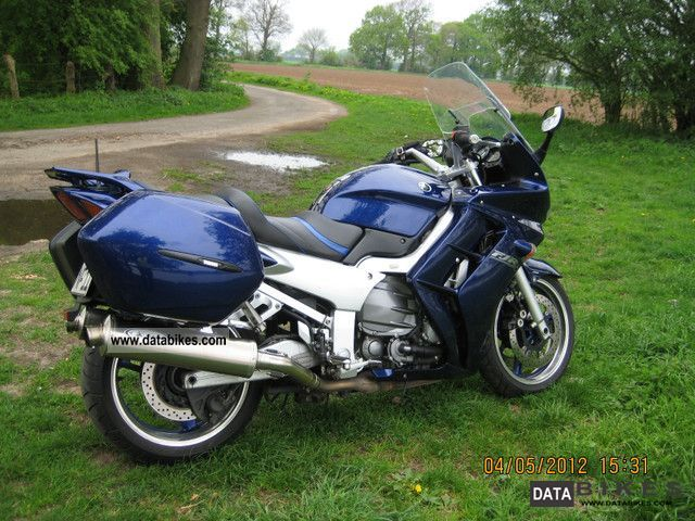 2004 Yamaha  FJR Motorcycle Sport Touring Motorcycles photo
