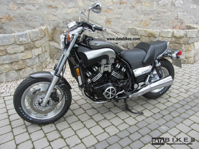 2002 Yamaha  V-Max Motorcycle Naked Bike photo
