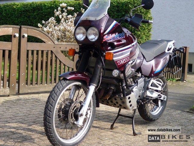 1995 Yamaha  XTZ 750 SuperTenere Motorcycle Enduro/Touring Enduro photo
