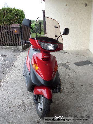 1995 Yamaha  Cygnus Motorcycle Scooter photo