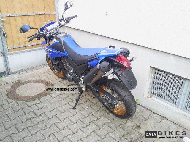 2009 Yamaha  XT 660 X Motorcycle Super Moto photo