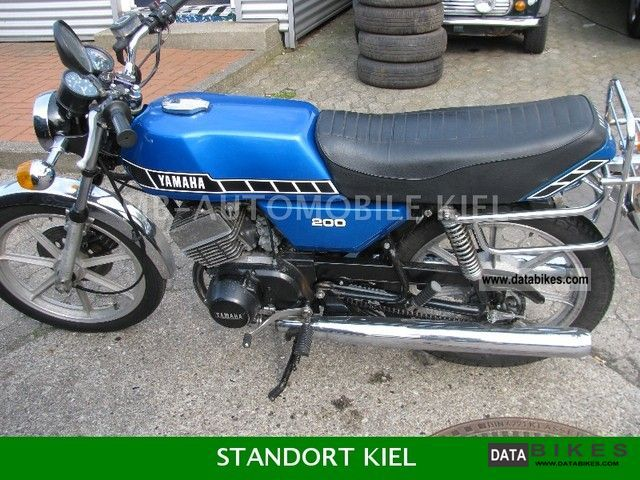 Yamaha  RD200 DX E-STARTER 1978 Vintage, Classic and Old Bikes photo