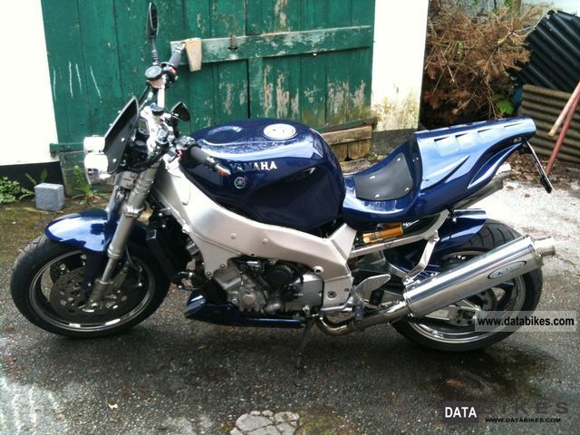 1997 Yamaha YZF 750 street fighter